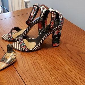 Aldo heels ankle strap stripe/floral GUC size 7